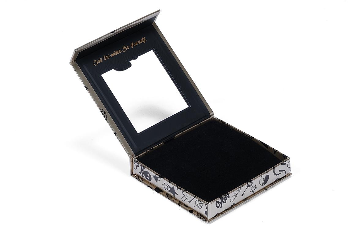 Caroline Neron Gold Paper Box